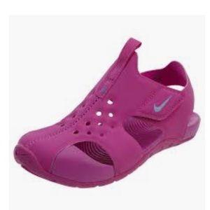 Nike Sunray Girl Youth Pink Sandal/Water Shoe 1Y
